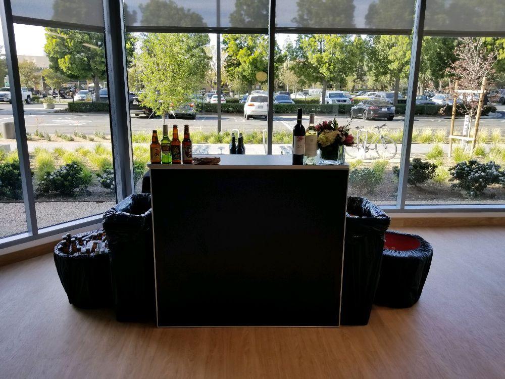4ft Black Folding Bar